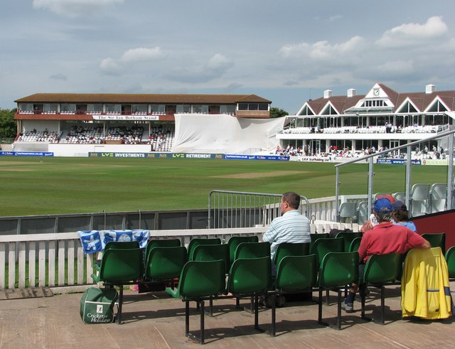 Taunton: The County Ground at lunchtime