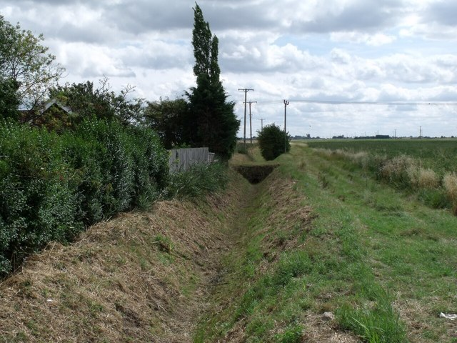 Drain off A153, near Tattershall Bridge