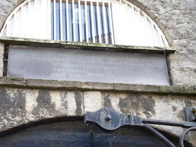 Inscription on slate above the entrance of the market hall, Caernarfon
