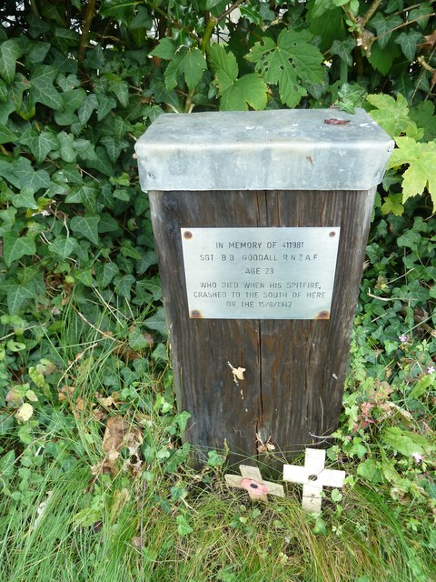 St Lawrence, Weston Patrick: memorial to a NZ airman