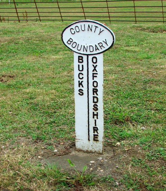 County Boundary marker Bucks and Oxfordshire at Finmere