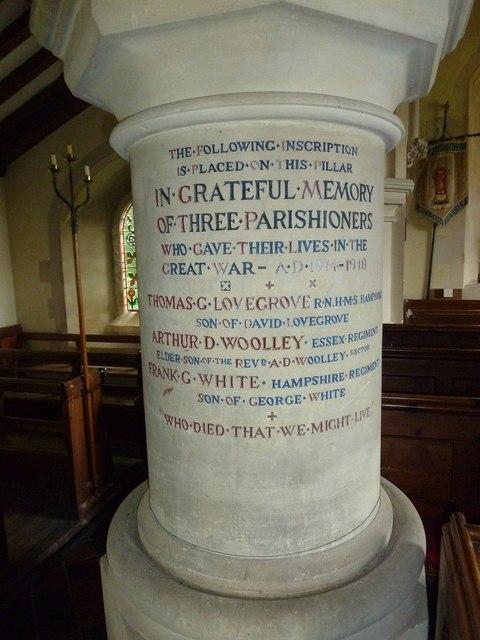 St Lawrence, Weston Patrick: war memorial pillar