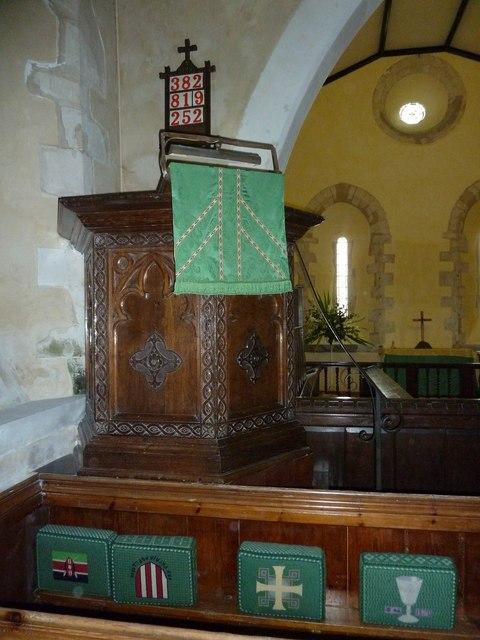 All Saints, Long Sutton: pulpit