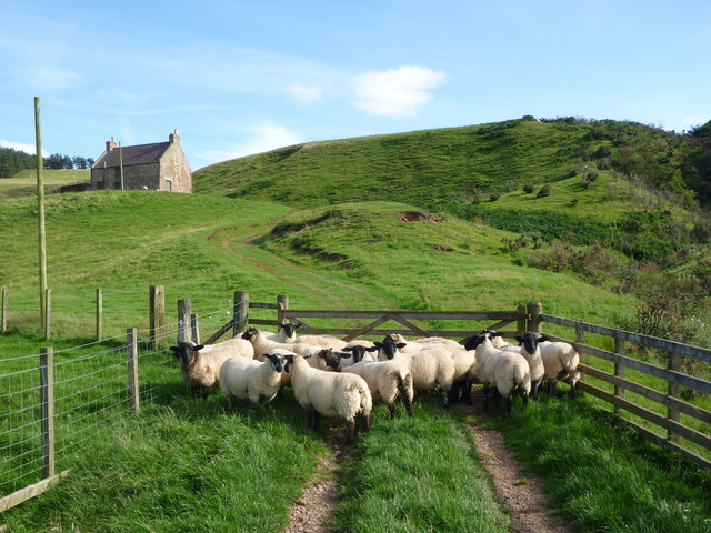 Rural East Lothian : Guarding The Gate To Lucknow