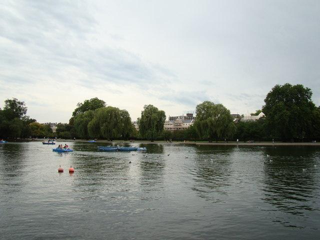 Regent's Park boating lake #4