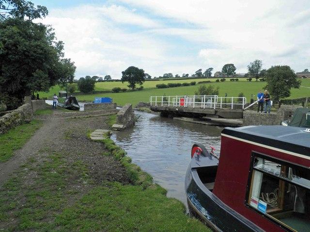 Bridge 189 Leeds Liverpool canal
