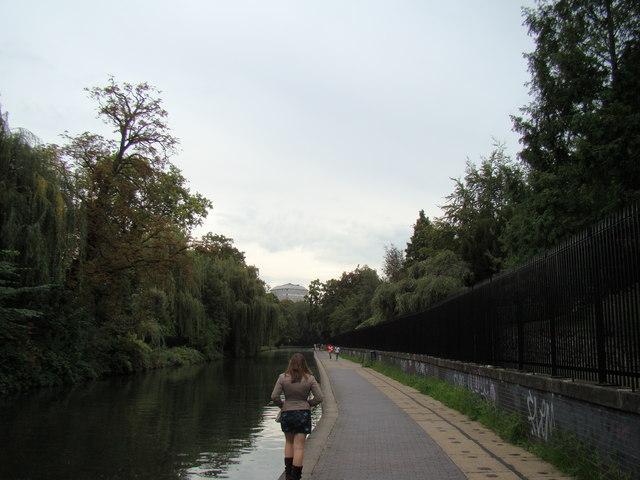 View along the canal towards Paddington