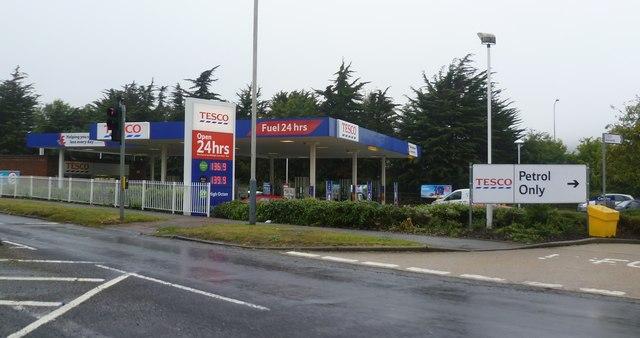 Tesco Petrol Station - Cheriton