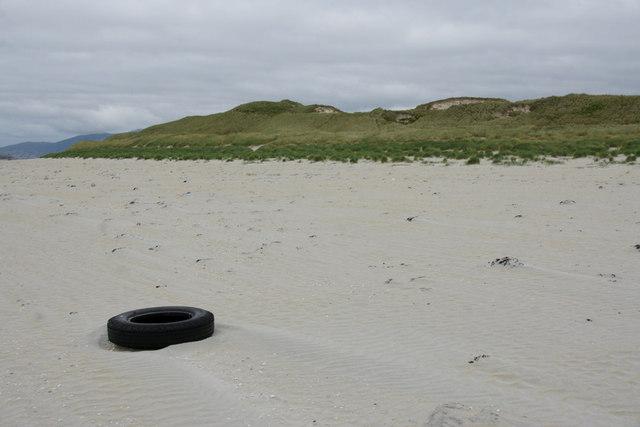 Beach beside Bruaichean Losgaintir