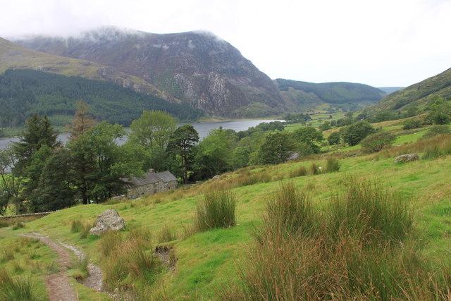 Snowdon Ranger path and Llwyn Onn farmhouse