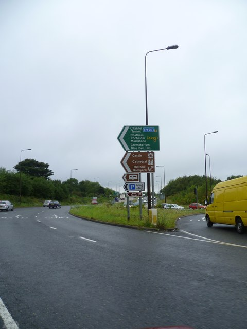 Roundabout at Junction 3 on M2