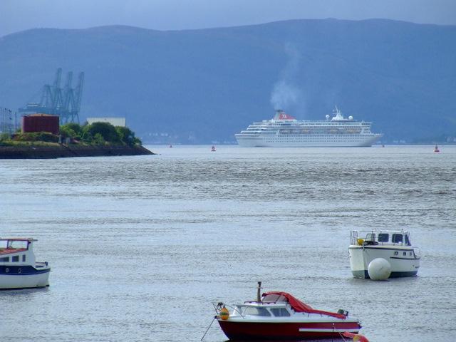 Cruise ship departing from Greenock