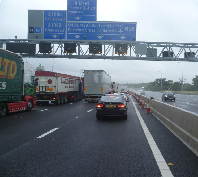 Gantry on M25