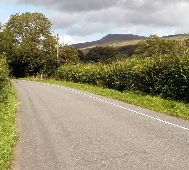 Road from Pont Haffes to Gwyn Arms pub, Glyntawe