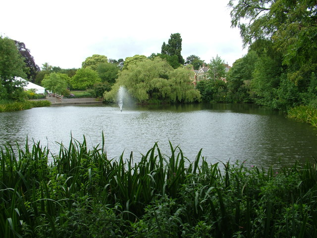 Bletchley Park, lake and mansion