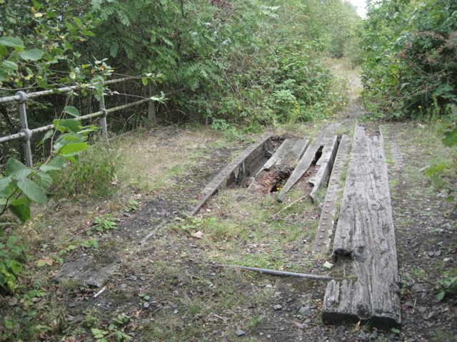 Former railway bridge south of Birch Coppice