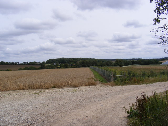 Footpath to Manor Farm
