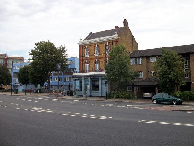 The Duchess Public House, Battersea Park Road