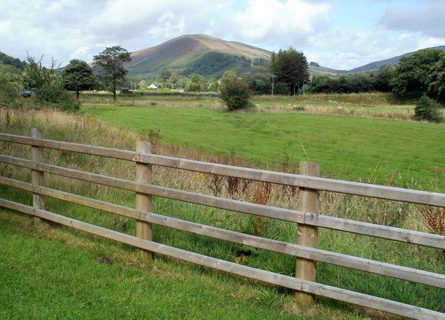 North bank of the River Tawe, Glyntawe