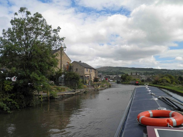 Nearing Silsden on the Leeds and Liverpool canal