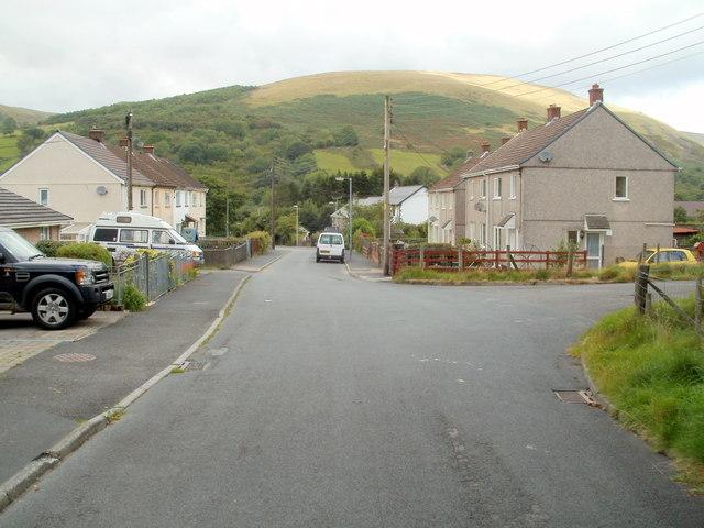 SE end of Heol Callwen, Glyntawe