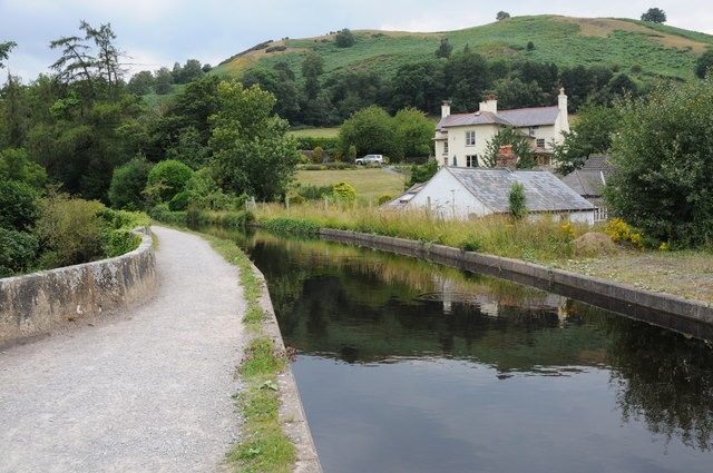 Llangollen Canal at Pentrefelin