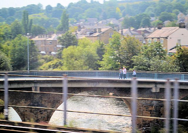 Ledgard Bridge over River Calder