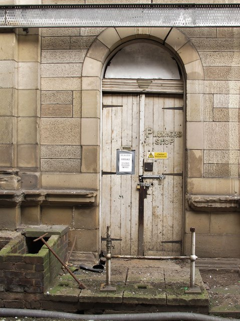 Waverley Station: the Plumbers Shop doorway