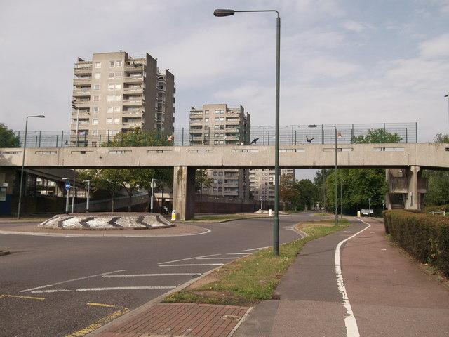Footbridge over Yanton Way