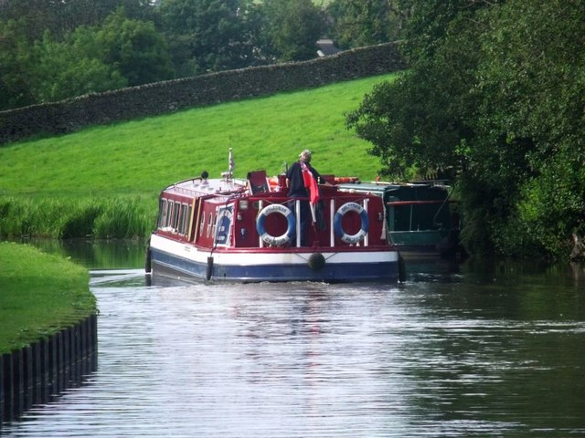 Low Snaygill, canal scene [3]