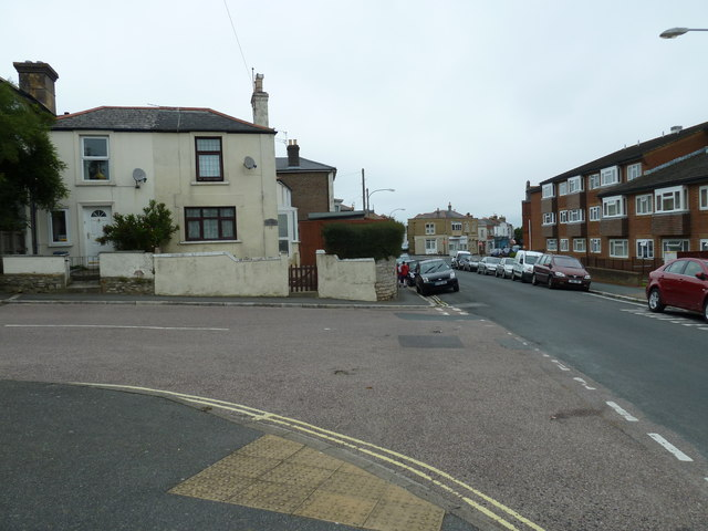 Junction of Hill Street and Swanmore Road