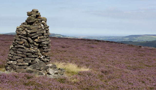 Cairn on Glaisdale Rigg