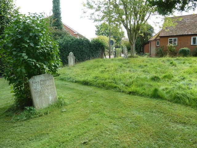 Odiham, All Saints: churchyard (4)