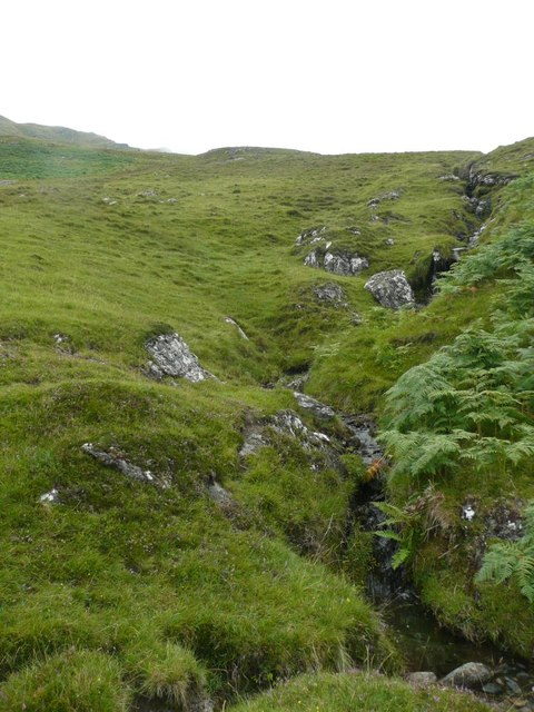 Burn flowing from Creag an Fhithich