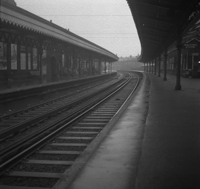 Woolwich Arsenal Station in 1959