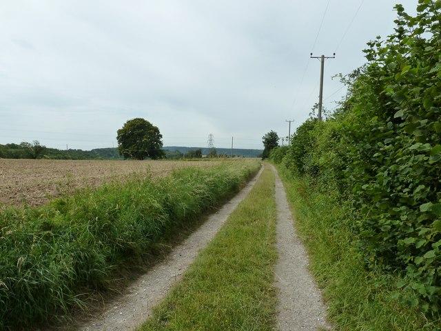 Footpath 3013 to Colworth farm