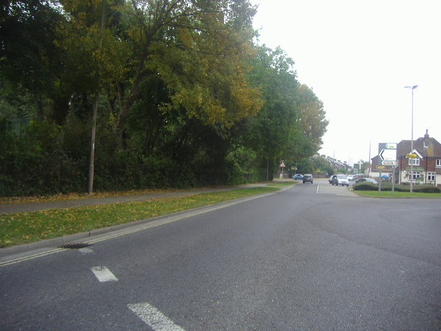 Roundabout on Oaklands Way, Chichester