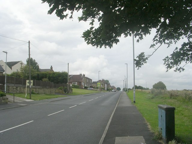Moorside Road - viewed from Moorside Approach