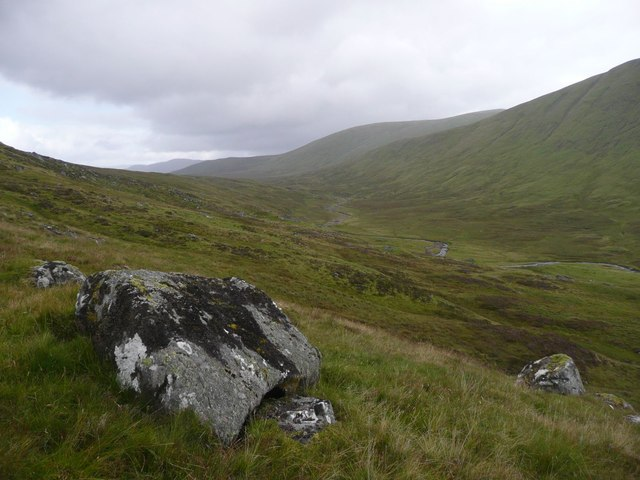 Boulders on the slopes of Carn Shionnach