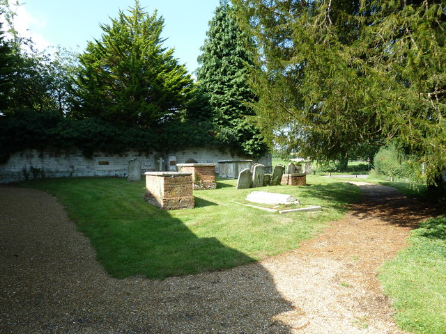 Churchyard of the Assumption of the Blessed Virgin Mary Upper Froyle- (f)