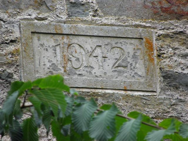 Plaque dated 1942, Kelly's Mill