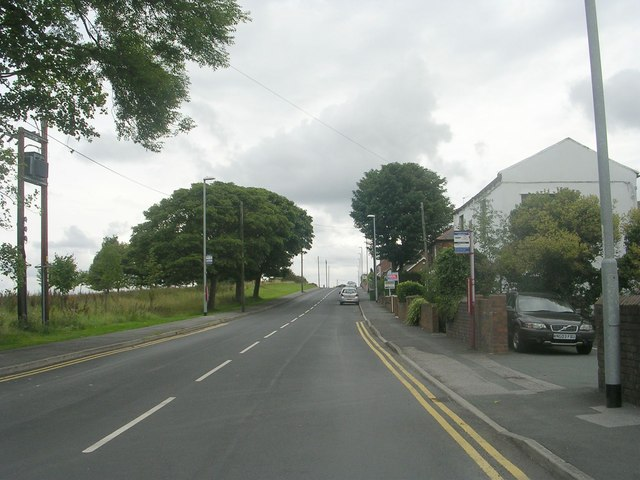 Moorside Road - viewed from Station Road
