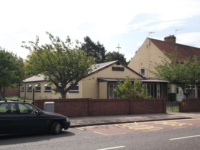 Catholic Church of the Holy Cross, Plumstead