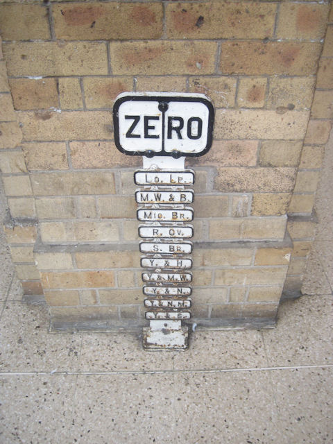 Zero milepost on York station platform 4