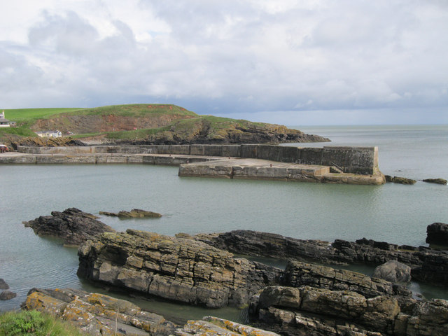 Entrance to Collieston Harbour