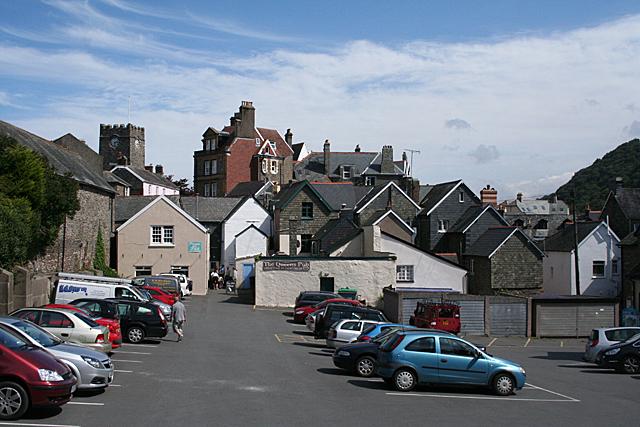 Lynton: towards Queen Street
