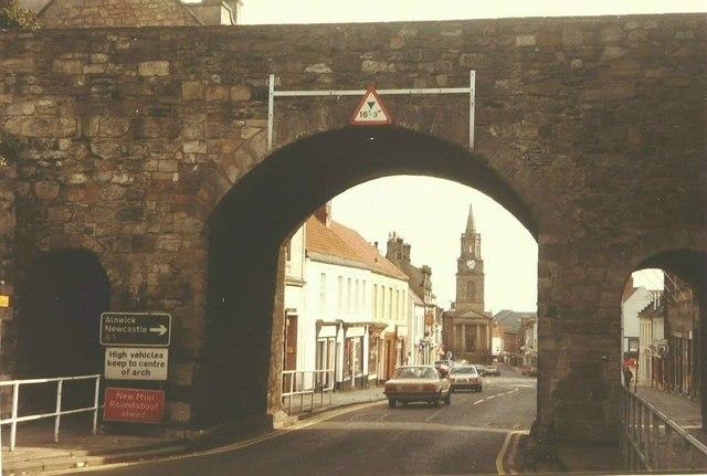 View through Scots Gate, Berwick-Upon-Tweed in 1984