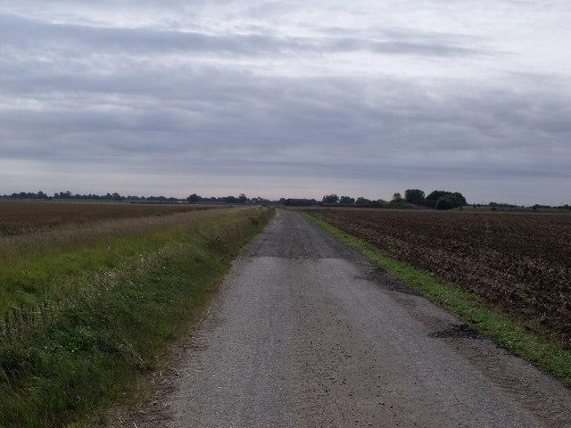 Track to Walks Farm