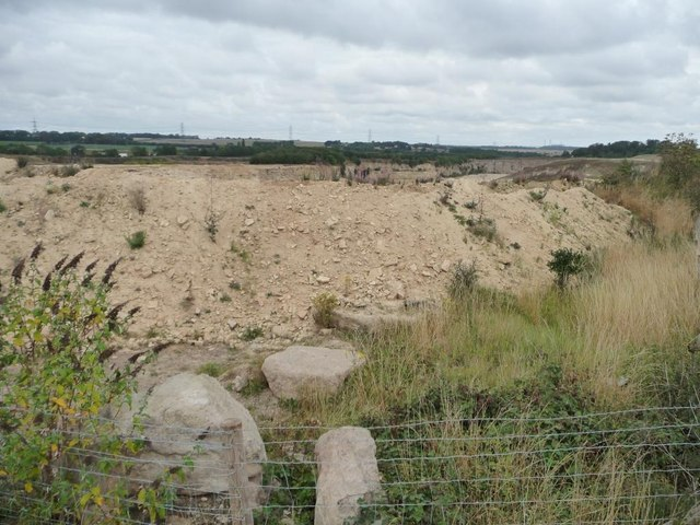 Protecting the edge of Barnsdale Bar Quarry