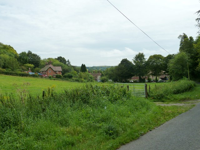 Small housing estate on the edge of West Dean